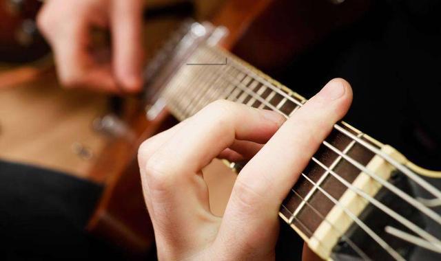 吉他大横按教学8.jpg